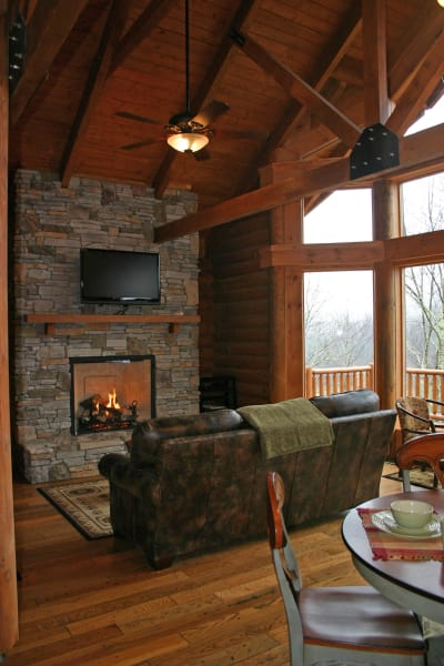 Wildberry Lodge | | The Asheville Bed & Breakfast Association