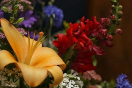 Add seasonal flowers to your reservation