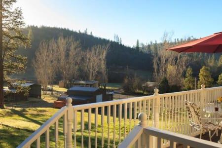 Blackberry Inn at Yosemite
