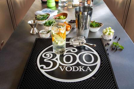 Bar 360