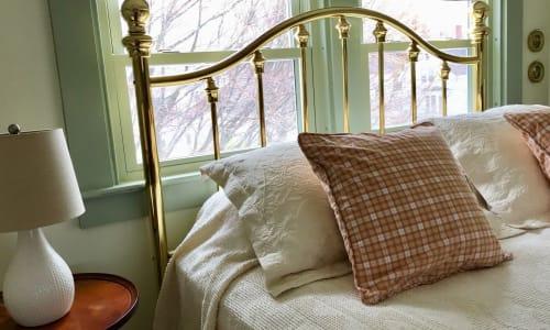 bed in katahdin room