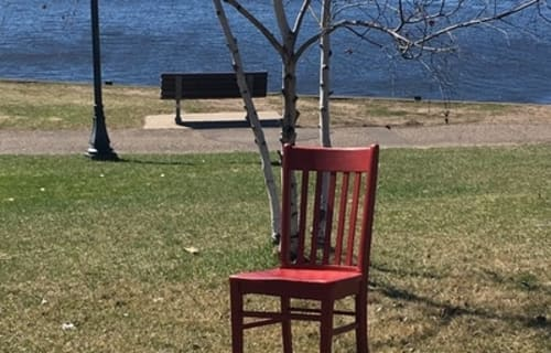 The Red Chair Travels to Franklin Street Inn