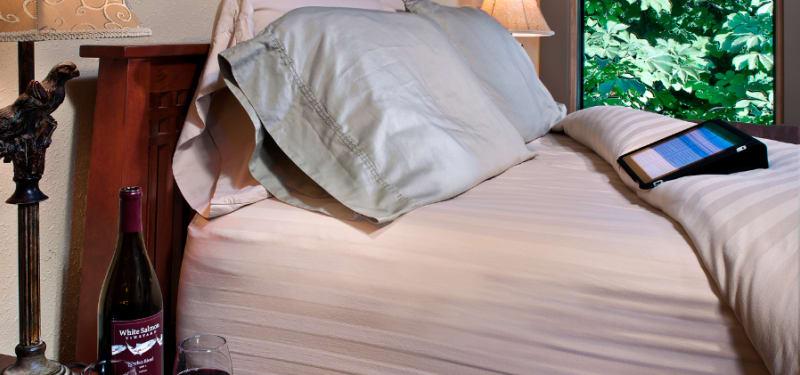 Meadowlark Bed