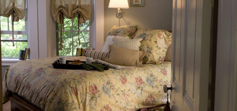 details of antique bed