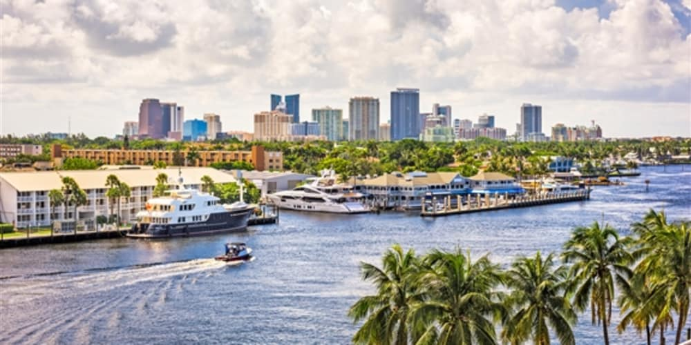 Top 10 THINGS TO DO when staying at Las Olas Guesthouse this fall!