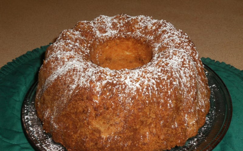 Sour Cream Coffee cake recipe from the Parish House Inn, an Ann Arbor/Ypsilanti area bed andbreakfas