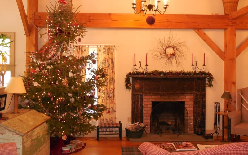 The Holiday Tree - Our Gorgeous Solution to an Annual Challenge