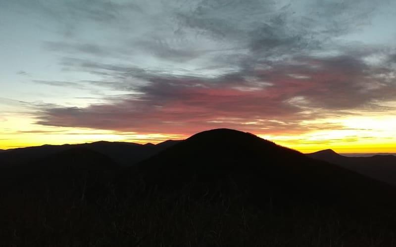 Sunrise Hike:  Craggy Pinnacle
