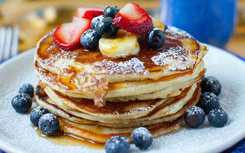 Holiday Breakfast- Buttermilk Pumpkin Pie Pancakes
