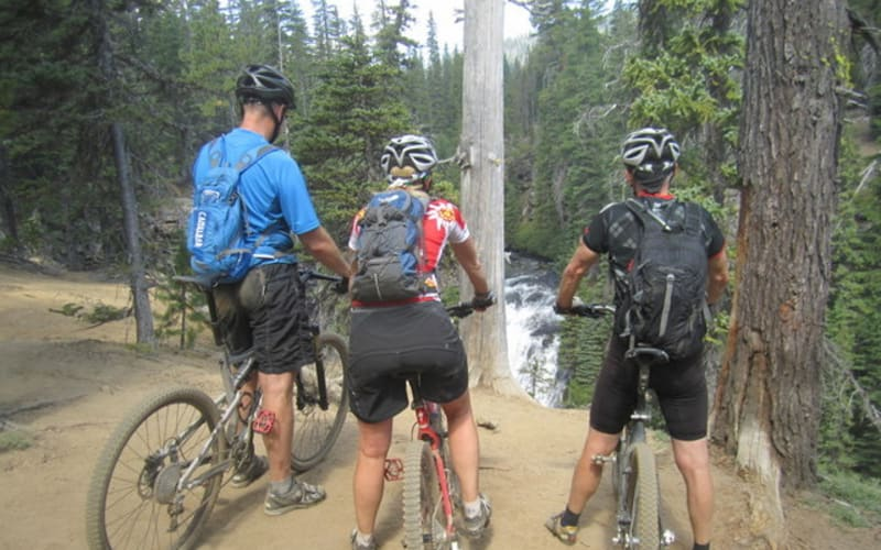 6  Mountain Bike Areas.    Epic trail systems all close to the Pine Ridge Inn