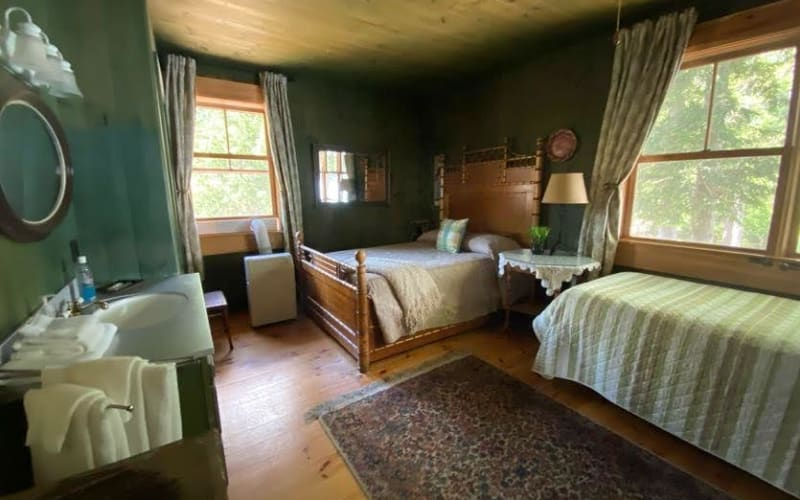 Room 1 Bamboo Room