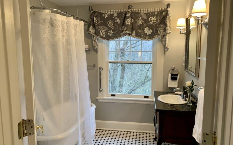 TW Bathroom