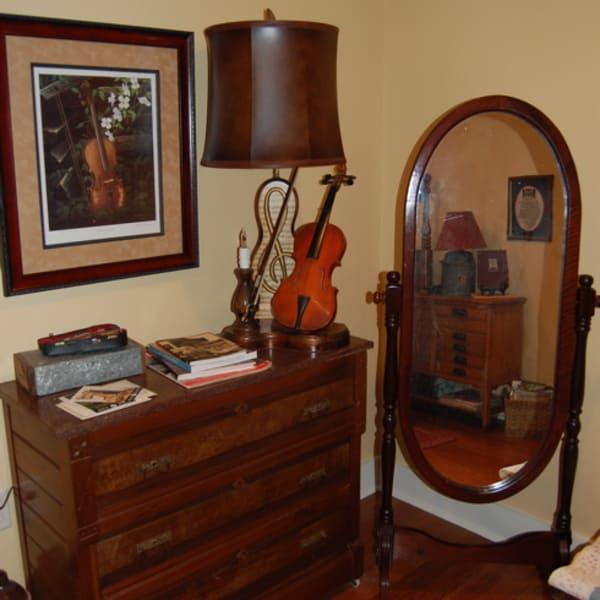 Ozarks Guestroom Decor
