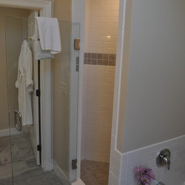 Custom tile shower with bench