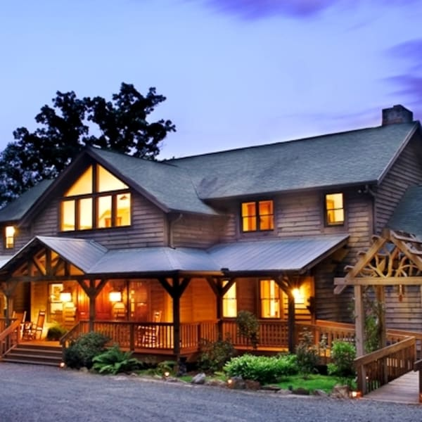 Front of Bent Creek Lodge at dusk
