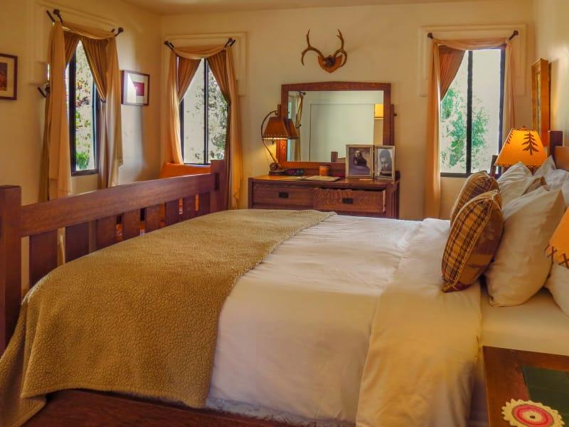 Clark and Carole Bedroom Photo