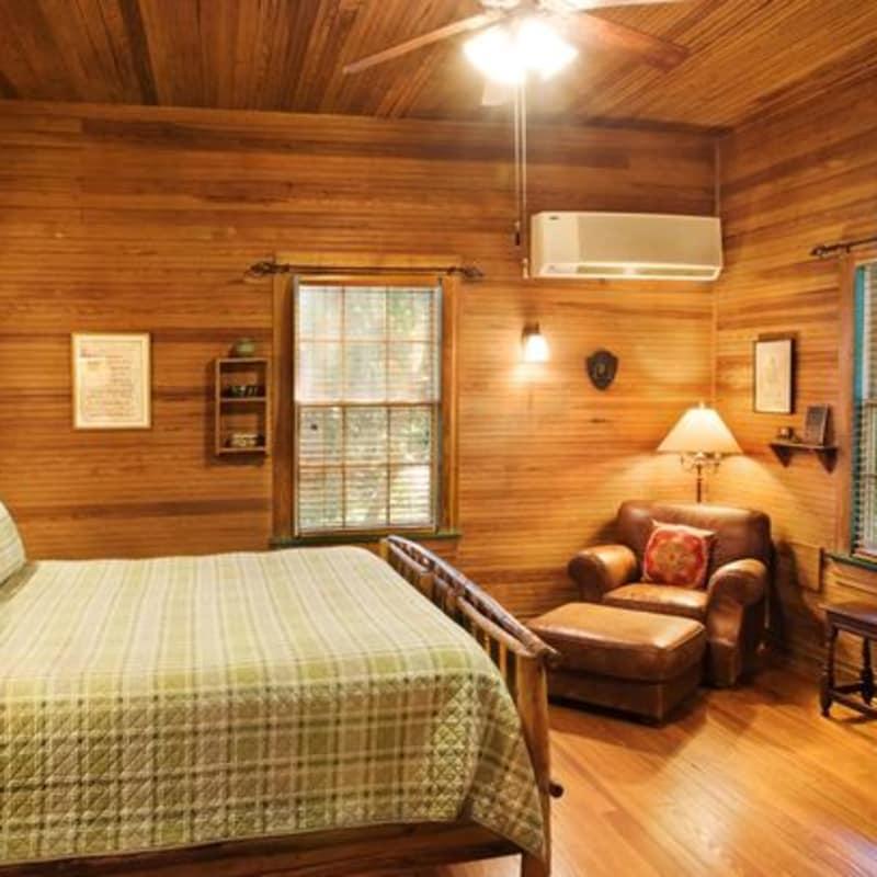Hunting Lodge Rooms | Rooms | Saint Simons Island | The Lodge On Little St.  Simons Island