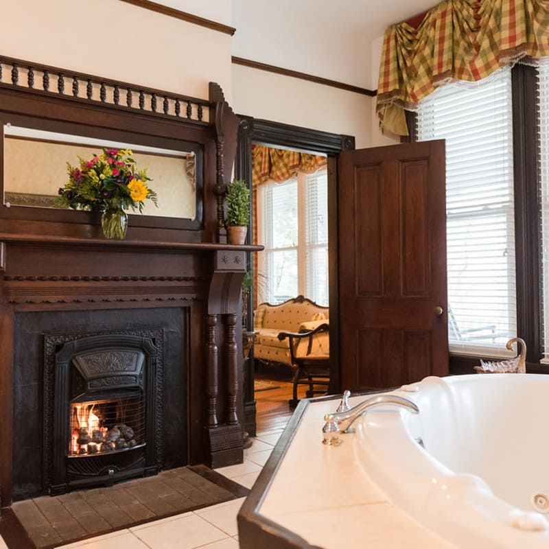Large tub with fireplace