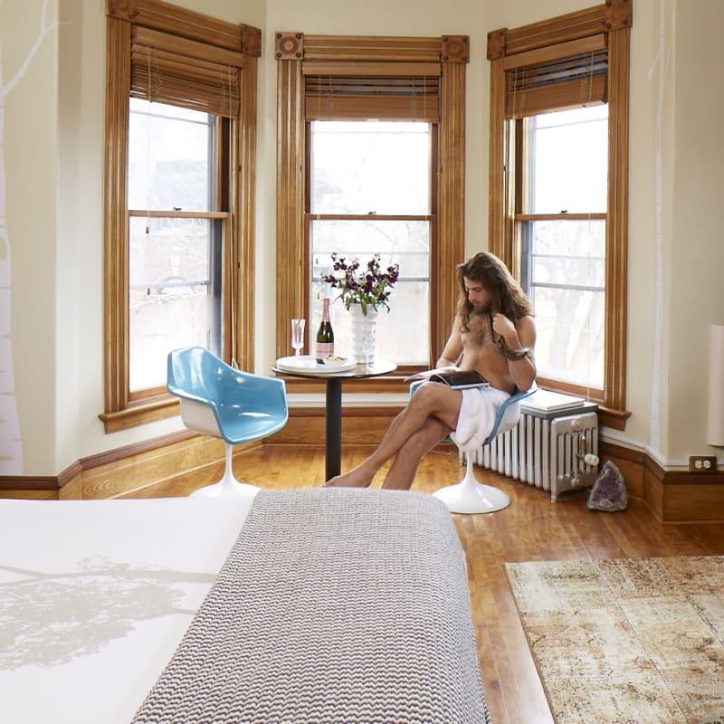 room 905 burlington made inn vermont an urban chic boutique bed
