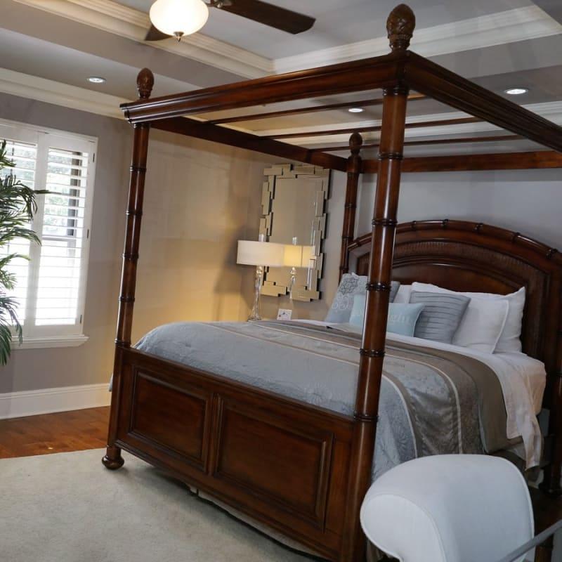 Lagniappe Room