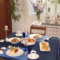Breakfast is served~