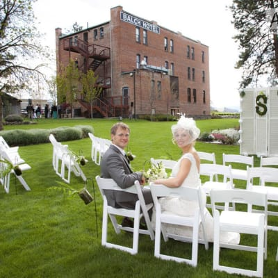 Picture perfect weddings: Historic Balch Hotel, centrally located on the columbia river gorge in Dufur, OR