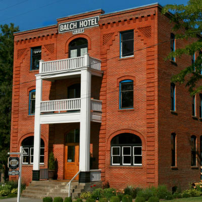 distinctive Architecture: Historic Balch Hotel, centrally located on the columbia river gorge in Dufur, OR