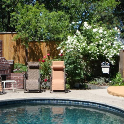 Outdoor pool and hot tub available seasonally