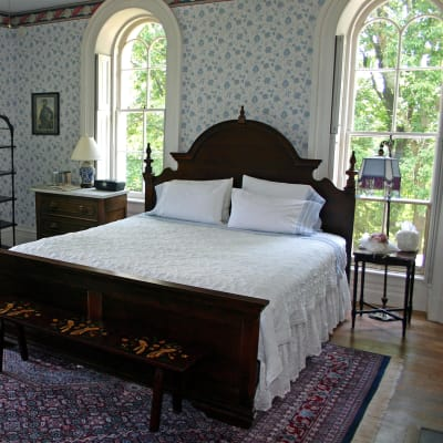 A Comfy Bed in the Southern Charm Room