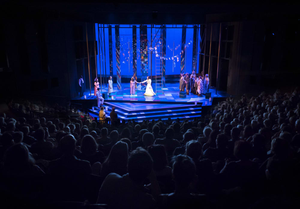 Stay with us and save on tickets to the Oregon Shakespeare Festival