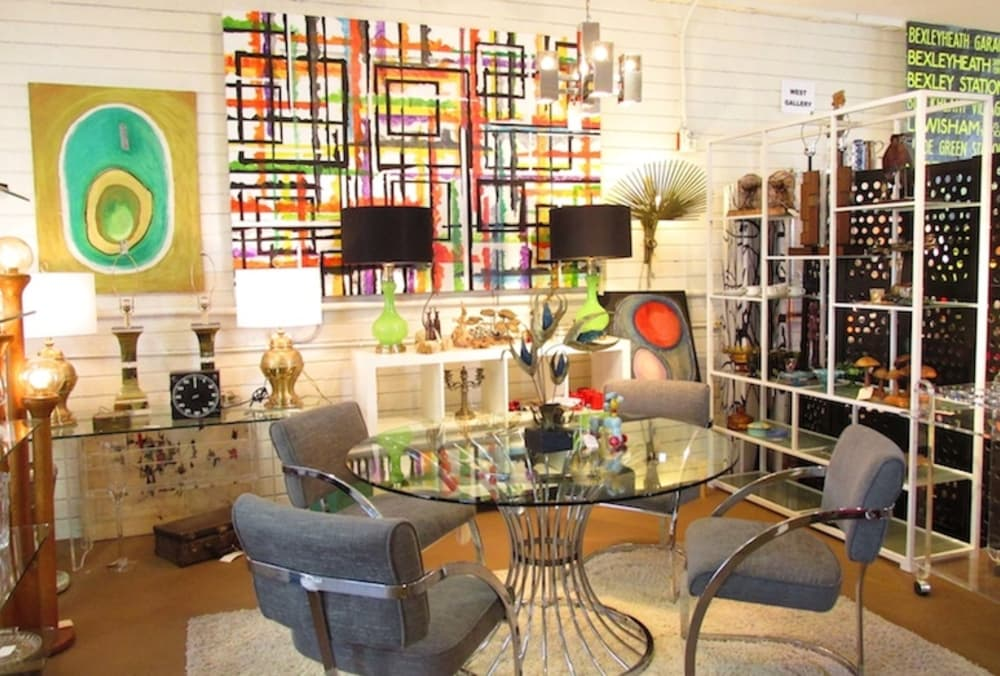 Memorable Spring Antiquing In Palm Springs