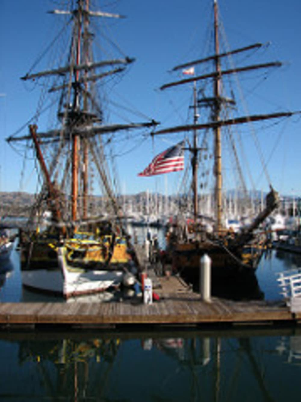 Long Beach, Washington's Warm Weather Welcomes The Hawaiian Chieftain and The Lady Washington