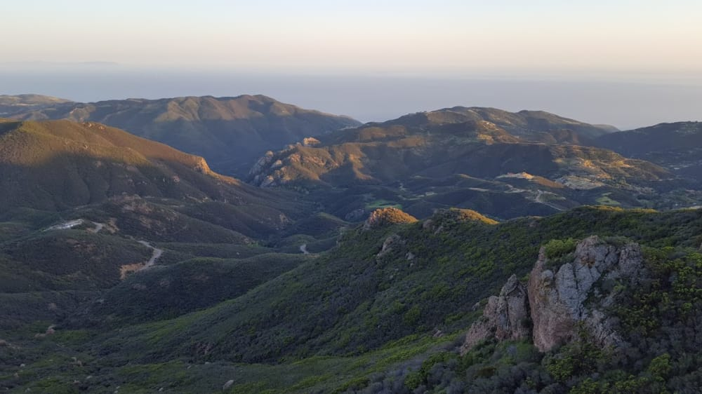 Scenic Hikes near Los Angeles & Topanga Canyon Inn