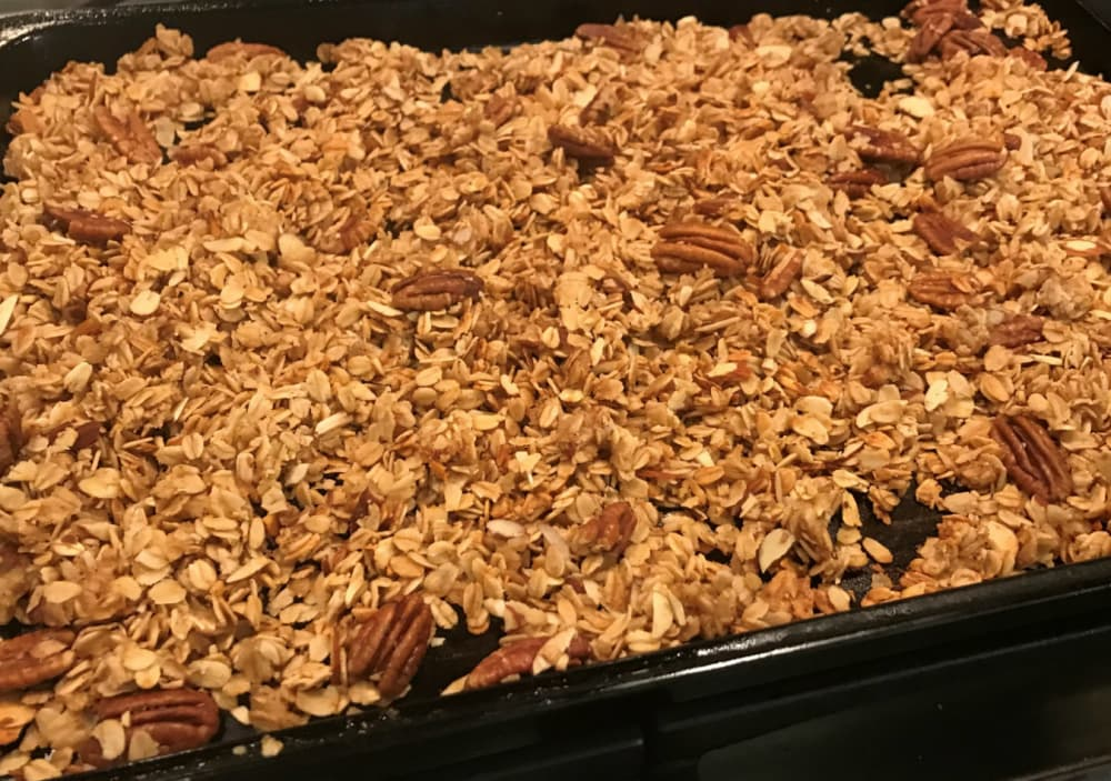 Ypsilanti, MI, Parish House Inn Granola Recipe