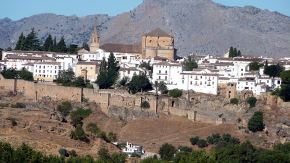 Ronda, City of Dreams