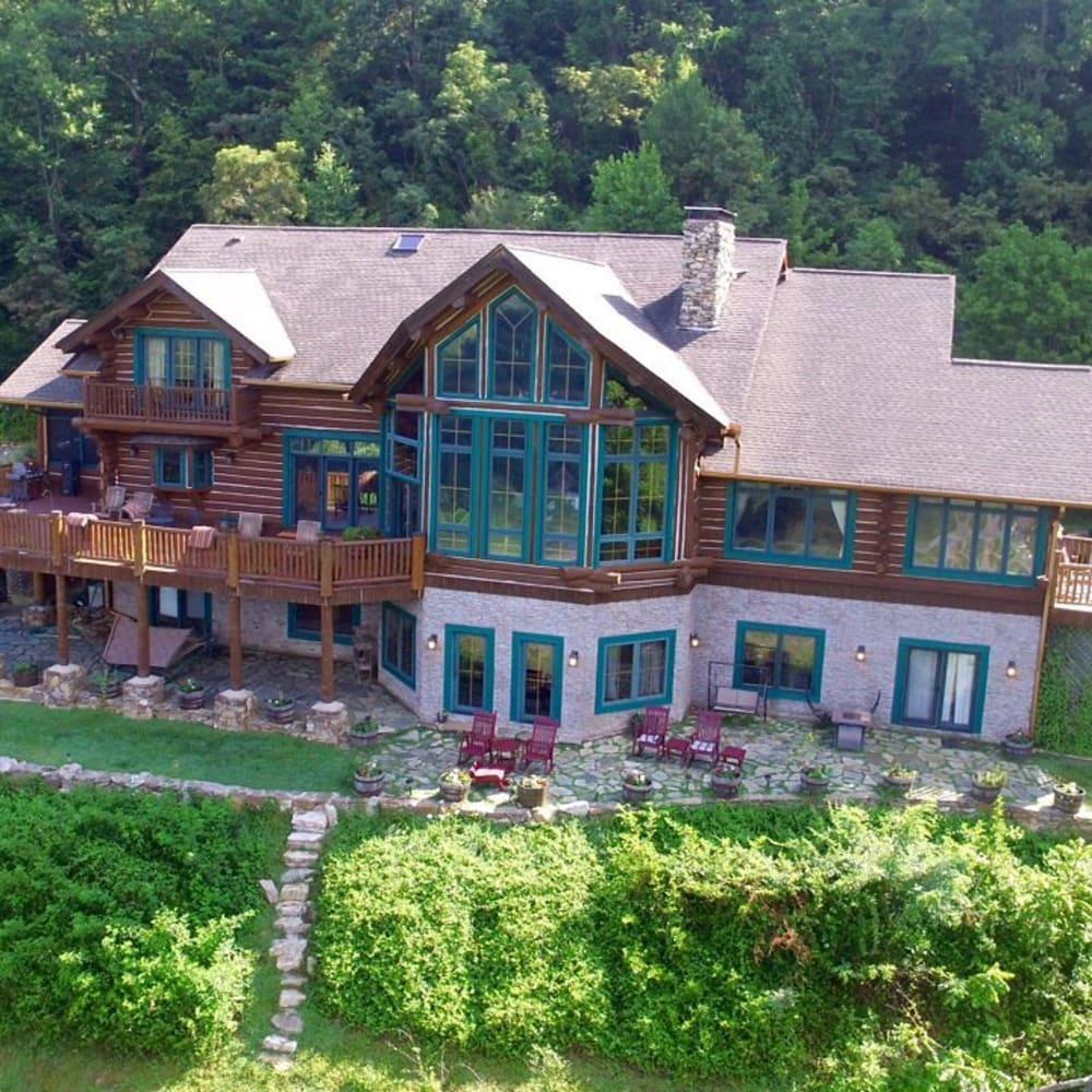 Featured Inn: Wildberry Lodge
