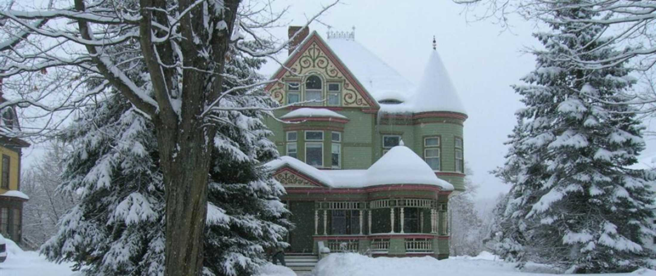 east saint johnsbury buddhist single men Milarepa center is a rural tibetan buddhist retreat center our center operates under the spiritual direction of lama zopa rinpoche and our affiliate organization, the foundation for the.