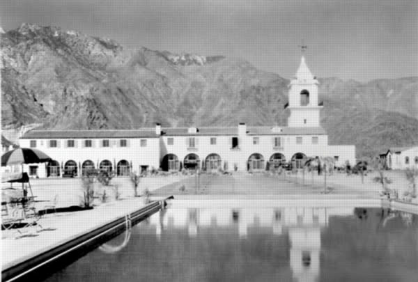 Palm Springs Historical Society Walking Tours Just for You