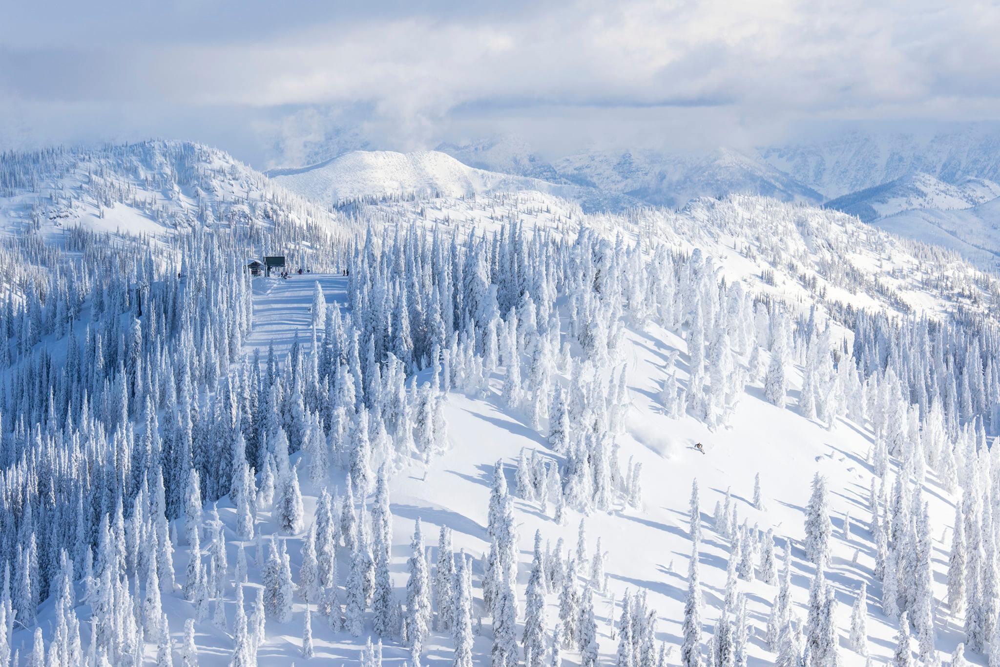 Ranked #3 for Best Resorts in Ski Magazine